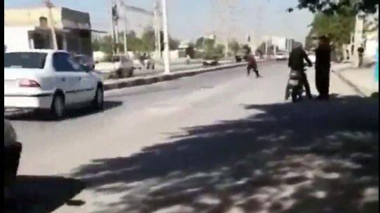 خودکشی مرد جوان در وسط خیابان در آبادان