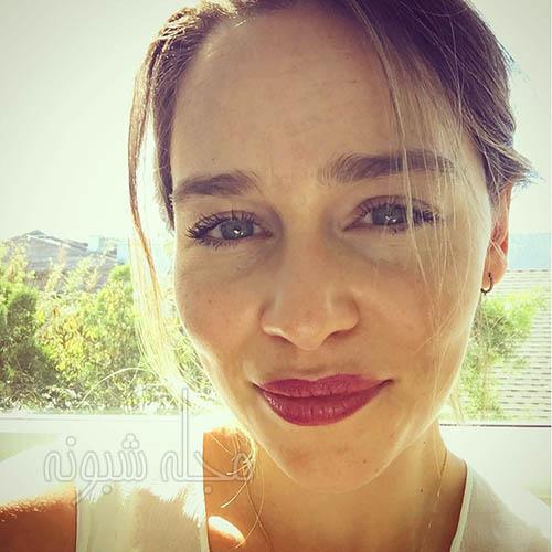 بیوگرافی امیلیا کلارک بازیگر نقش دنریس تارگرین در سریال بازی تاج و تخت