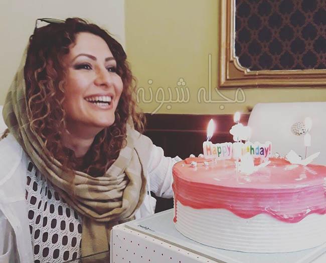 جشن تولد آزاده موسوی کارگردان فیلم مستند در جستجوی فریده +اینستاگرام