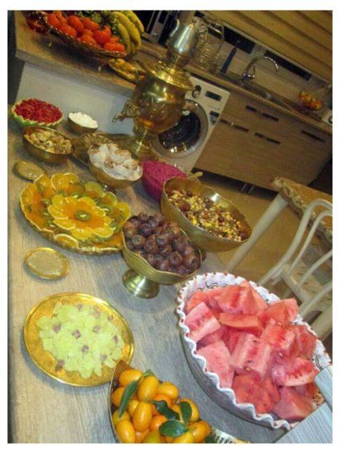 عکس سفره شب یلدا برای پروفایل و استوری (تصاویر)