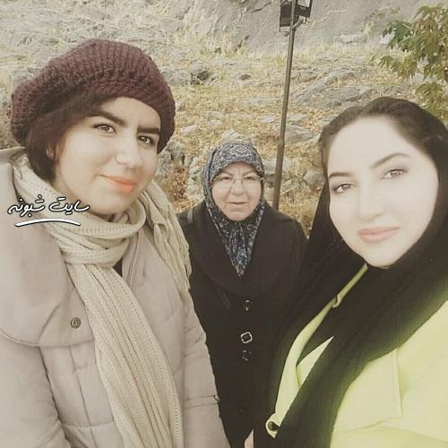 عکس خانواده و مادر صهبا شرافتی بازیگر نقش روناک در سریال نون خ +اینستاگرام و سوابق
