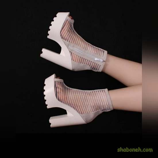 عکس کفش پاشنه بلند کرم رنگ