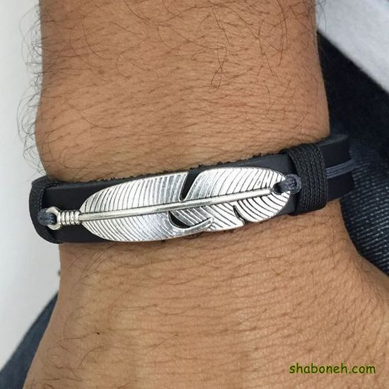 عکس دستبند چرم پسرانه