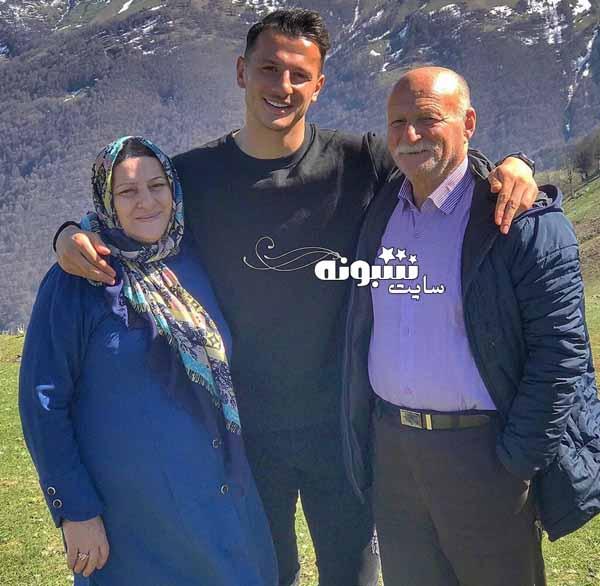 پدر و مادر  آرمان رمضانی بازیکن پرسپولیس مهاجم +سوابق و اینستاگرام
